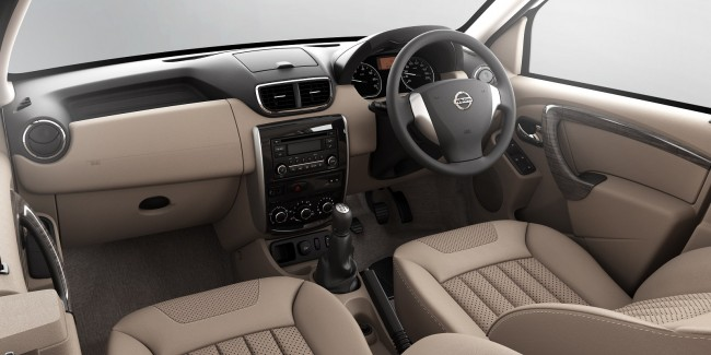 Nissan-Terrano-Interior