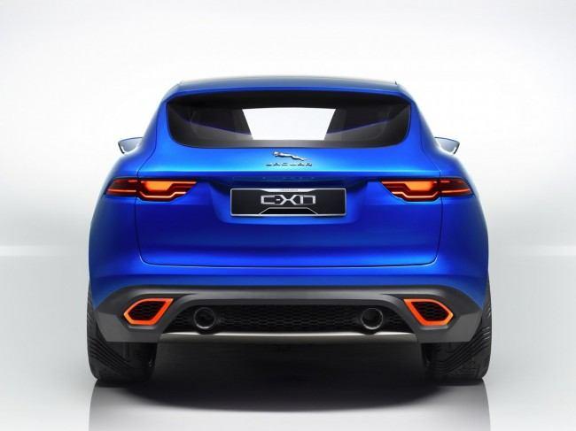 Jaguar-C-X17-Crossover-3[3]