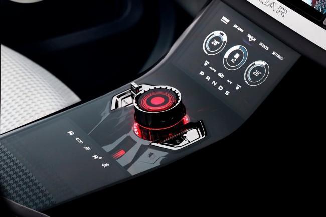 Jaguar-C-X17-SUV-Concept-35[2]