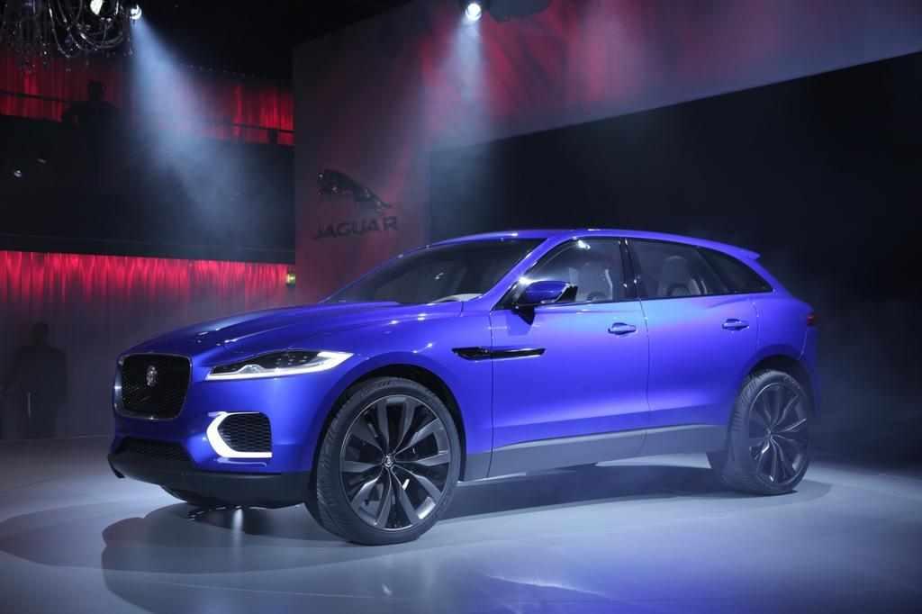 jaguar-c-x17-concept-unveiling-4