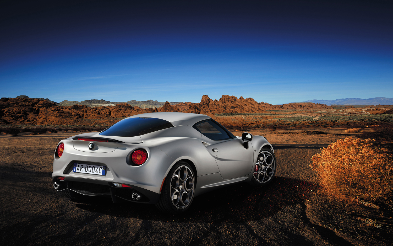 2014-Alfa-Romeo-4C-Launch-Edition-rear-three-quarter11
