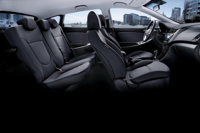 2014-Hyundai-Accent-11[2]