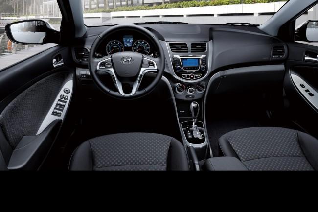 2014-Hyundai-Accent-212[2]