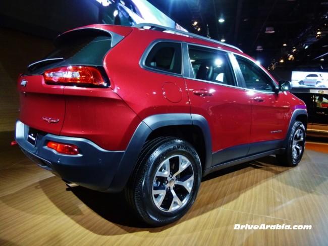 2014-Jeep-Cherokee-Trailhawk-2