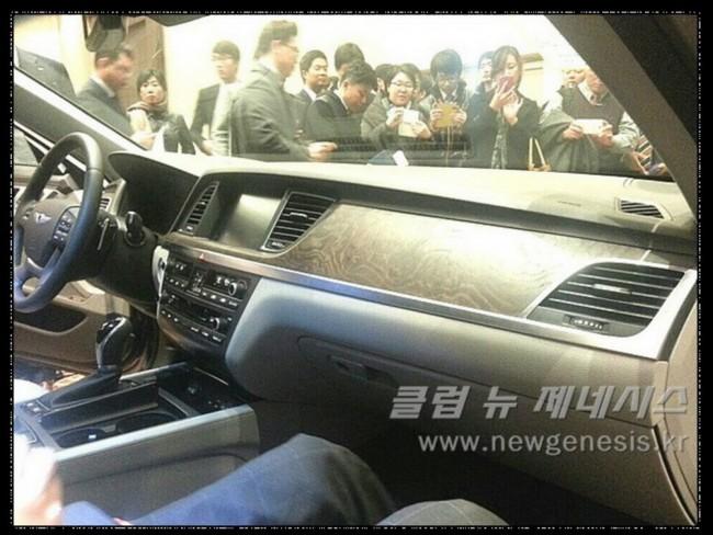 2015-Hyundai-Genesis-Sedan_5[2]
