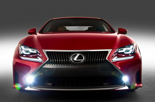 2015-Lexus-RC-grille