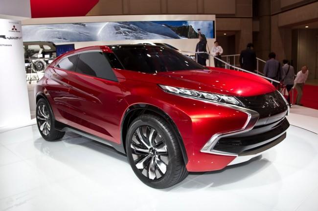 Mitsubishi_Concept_XR-PHEV-2[2]