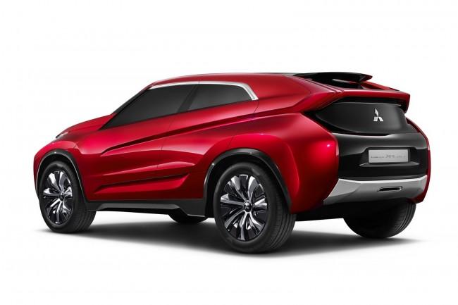 Mitsubishi_Concept_XR-PHEV-9[2]
