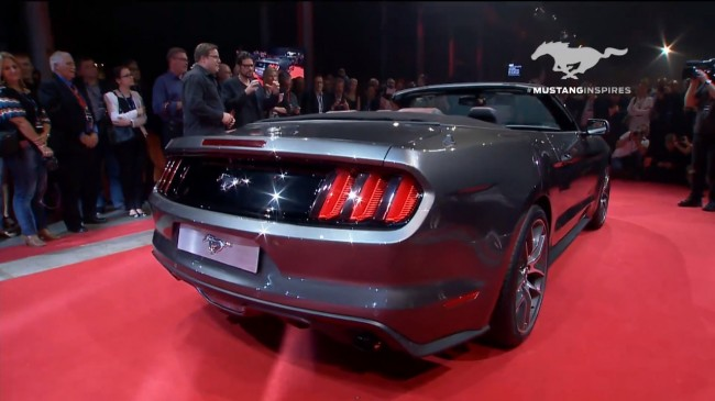 2015-ford-mustang-convertible11-1
