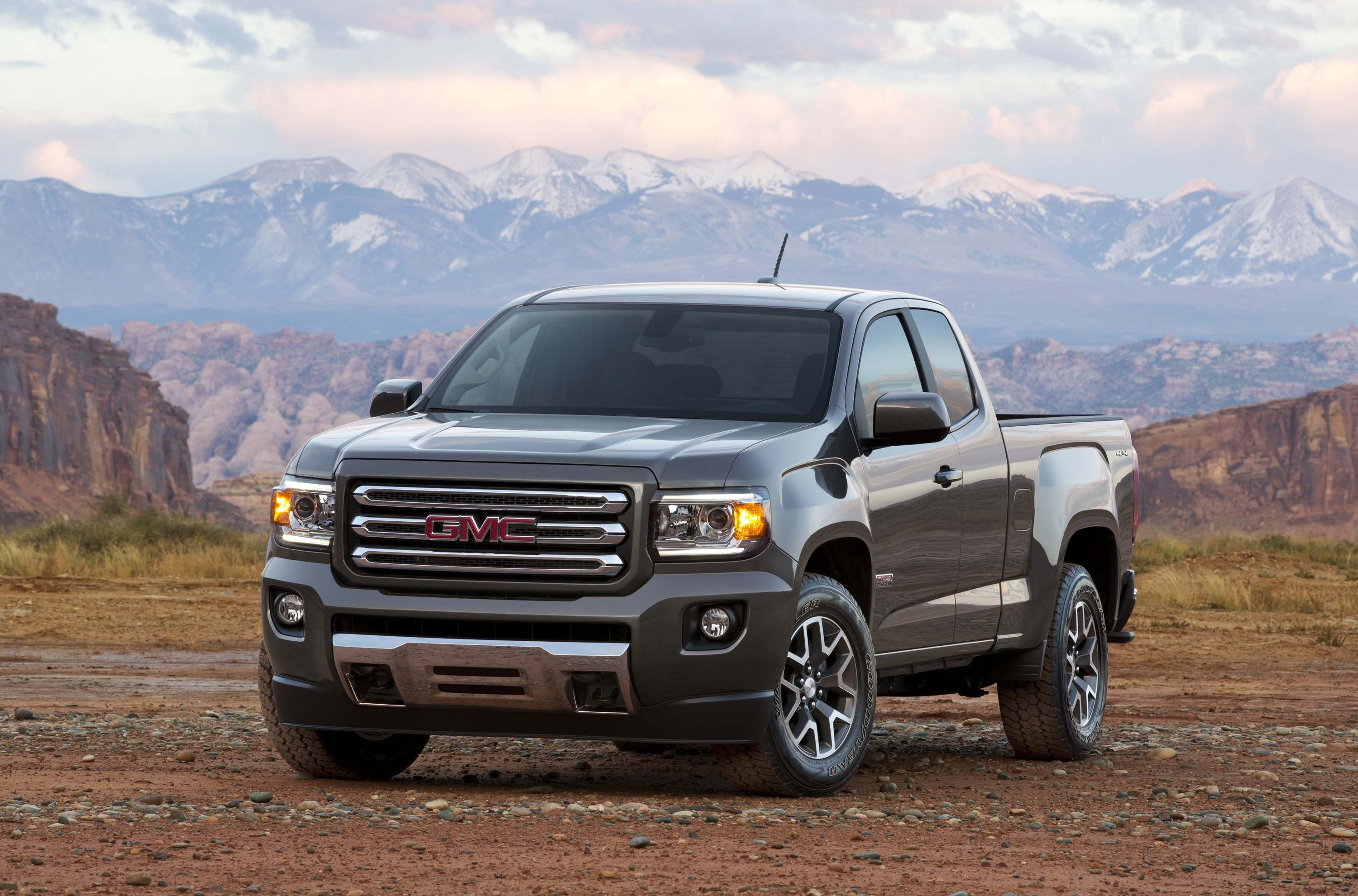 2015 GMC Canyon All Terrain SLE Extended Cab Short Bed Front Thr