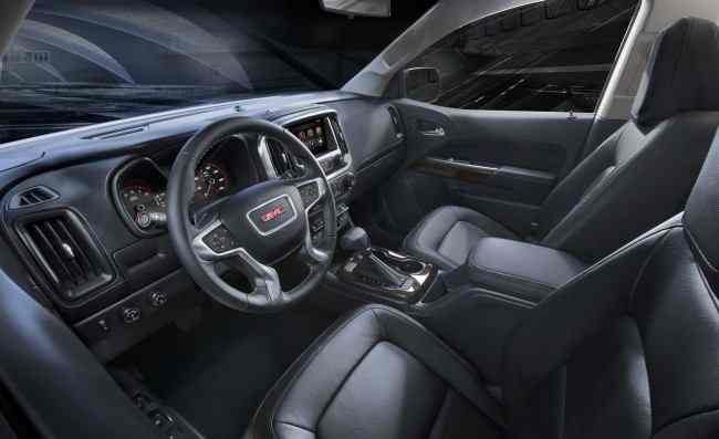 2015 GMC Canyon Interior Profile from Driver's side