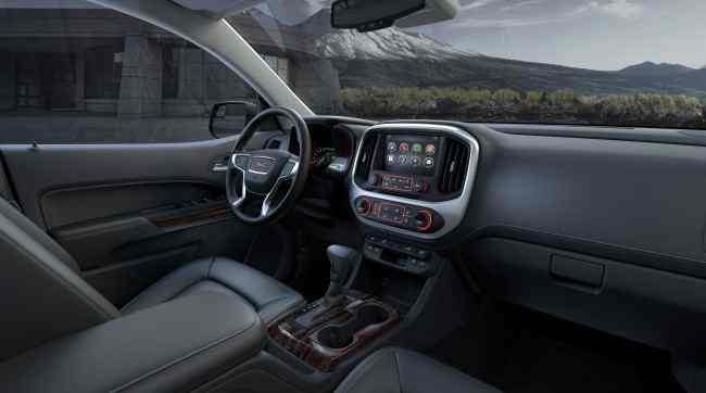 2015 GMC Canyon Interior Profile from Rear Seat