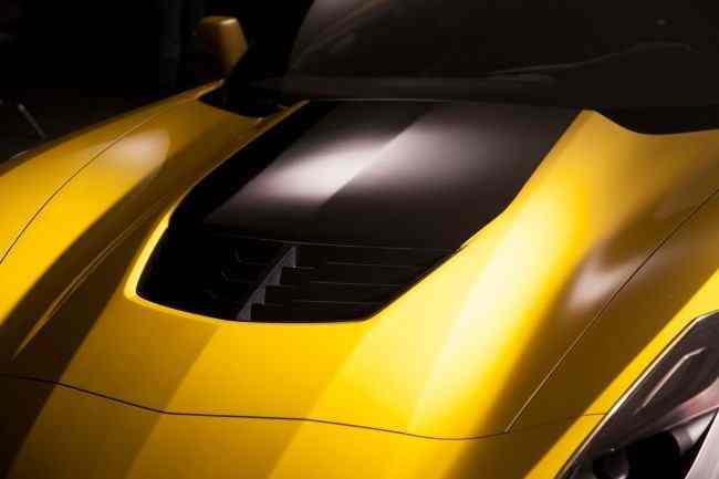 Corvette-Z06-Stingray-2