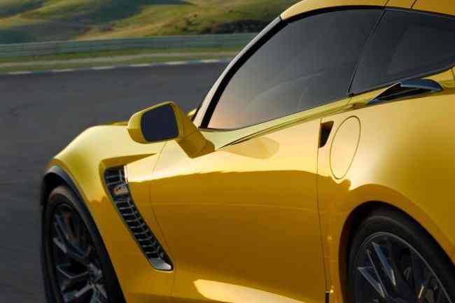 Corvette-Z06-Stingray-6