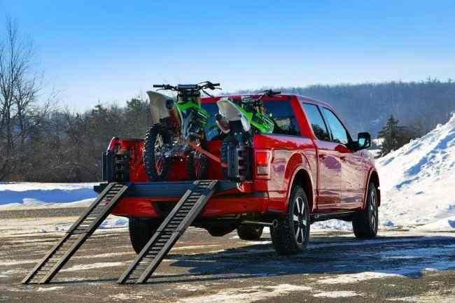 Ford-F-150-9[2]