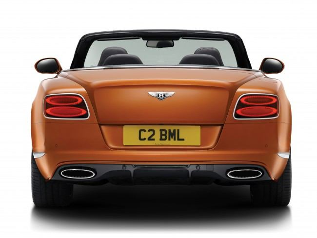 15MY_GT_Speed_Convertible_rear_3