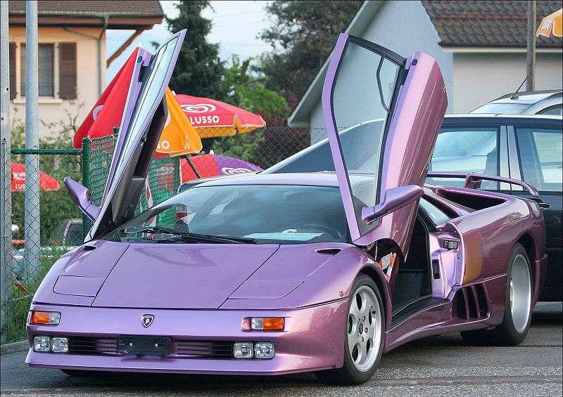لامبورغيني Diablo, اسرع سيارة انتاجية في عام 1990