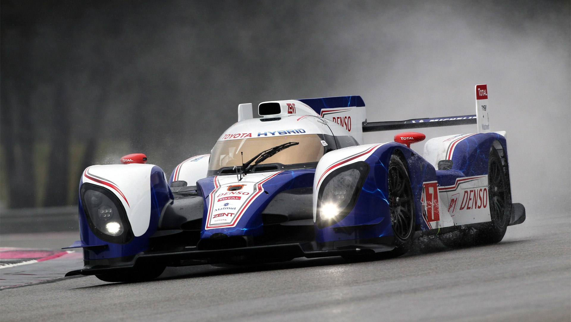 Toyota-TS030-Hybrid-HD-Wallpapers