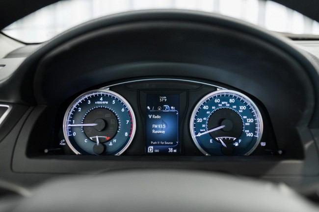 2015-Toyota-Camry-13