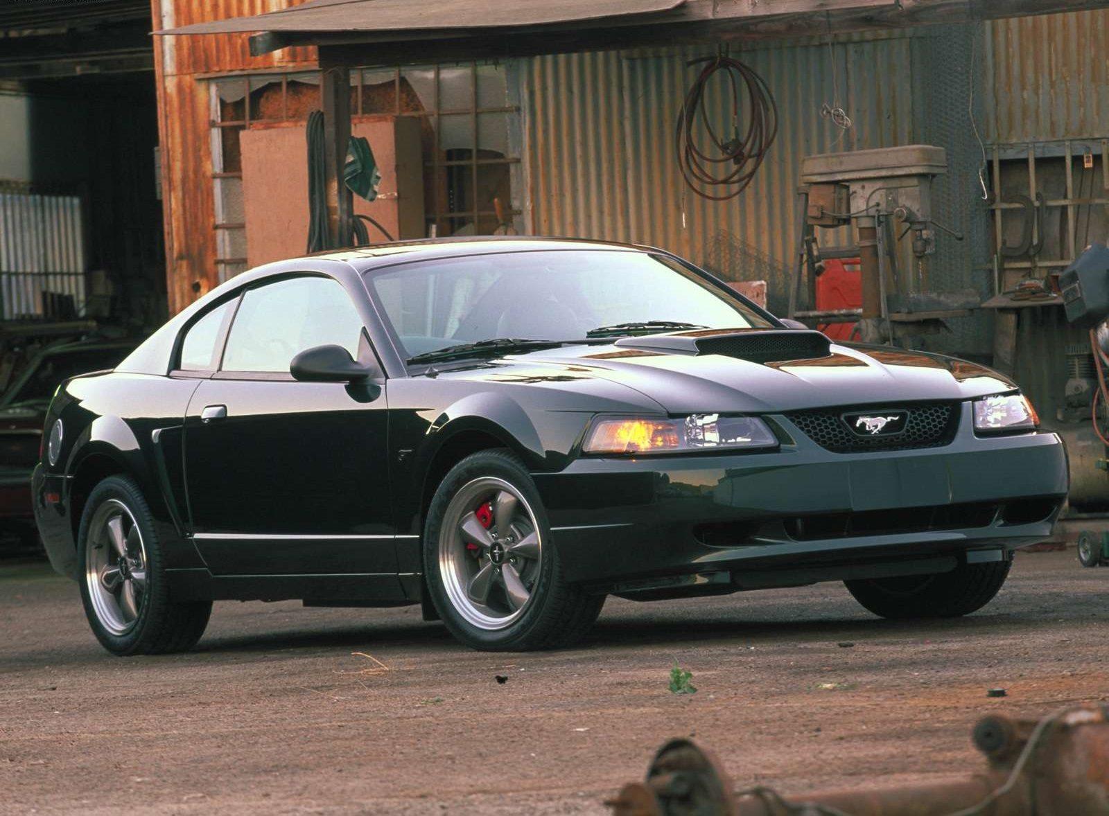 فورد موستانج GT Bullitt 2001