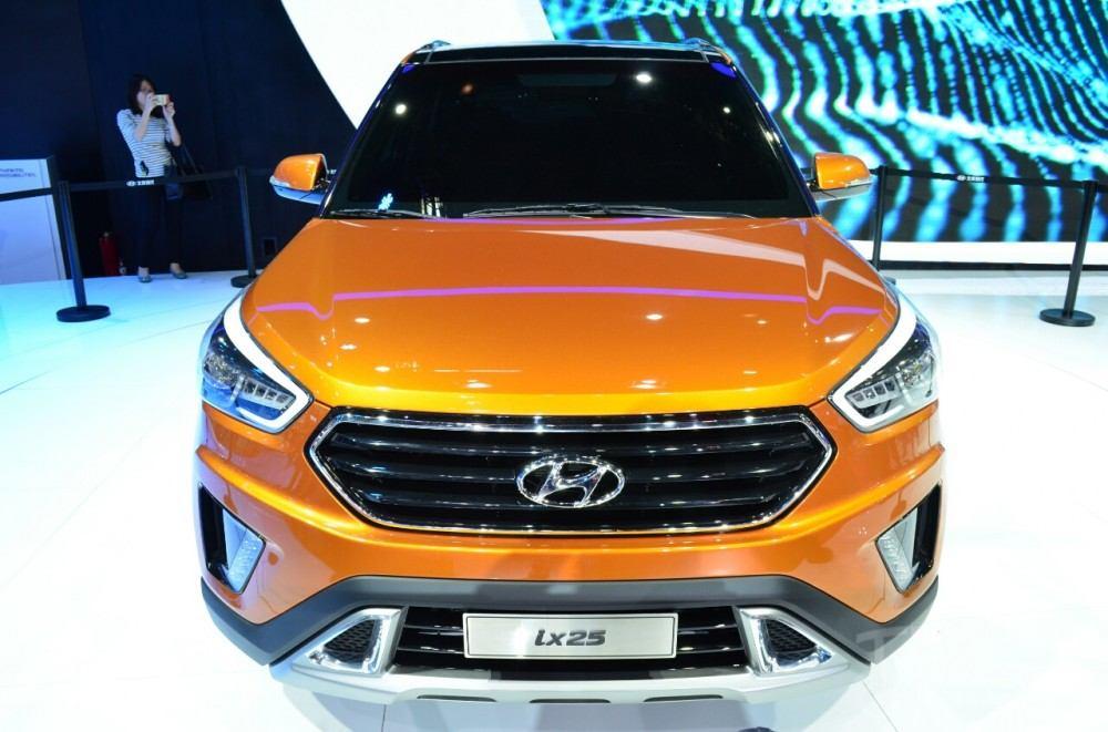 Hyundai-ix25-front-at-Auto-China-2014