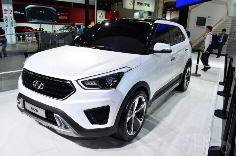 Hyundai-ix25-white-front-three-quarters-at-Auto-China-2014-1024x677