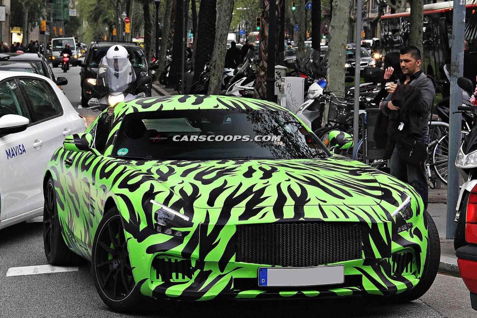 New-Mercedes-AMG-GT-Barcelona3