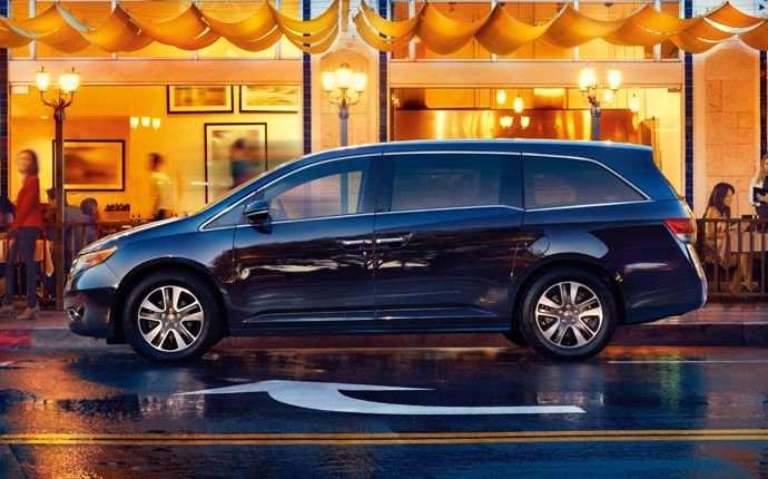 2014_Honda_Odyssey_Touring_Elite_907793