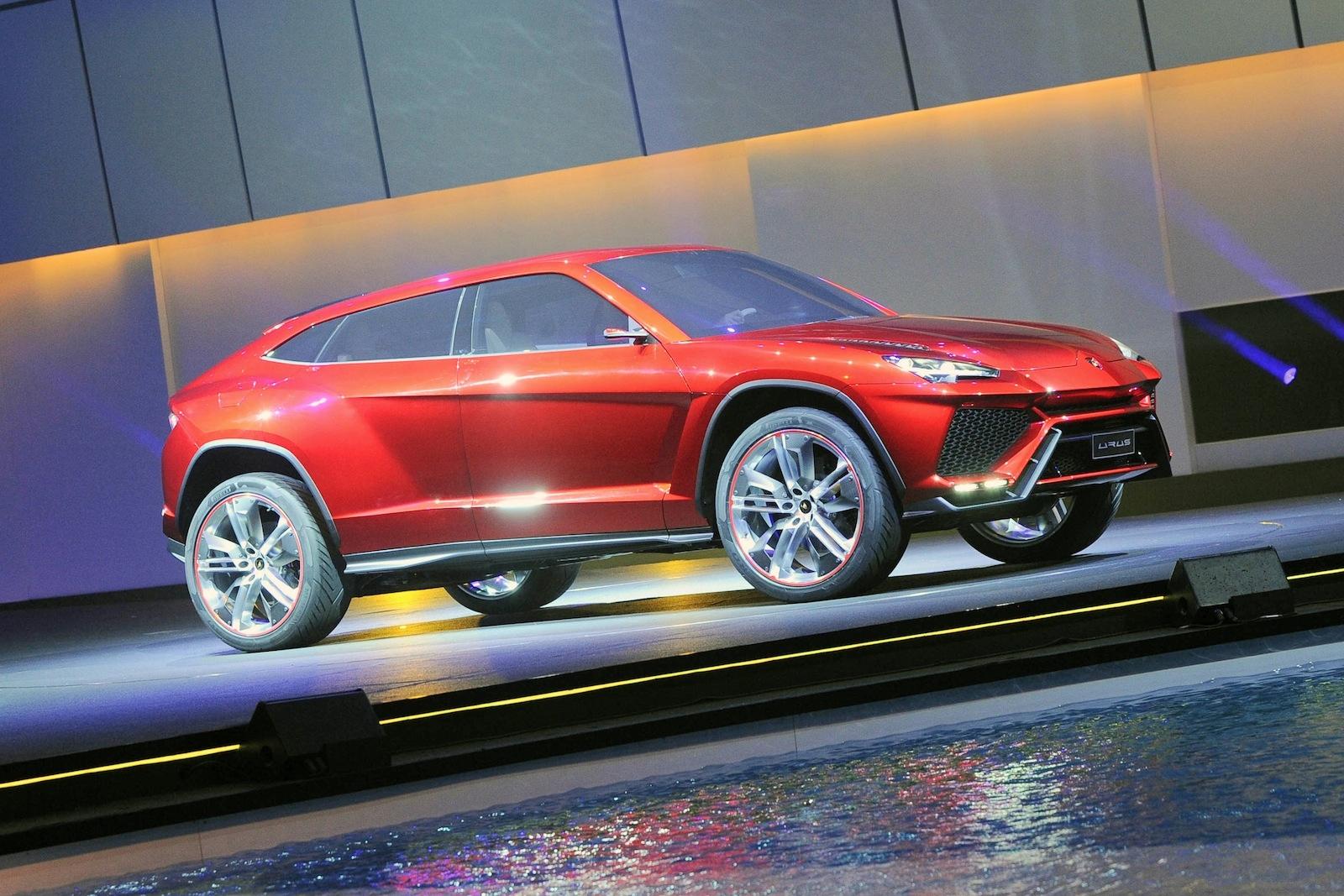 Archdezart-Lamborghini-Urus-SUV-Concept-_1