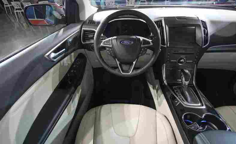 2015-ford-edge-titanium-interior-photo-610076-s-787x481