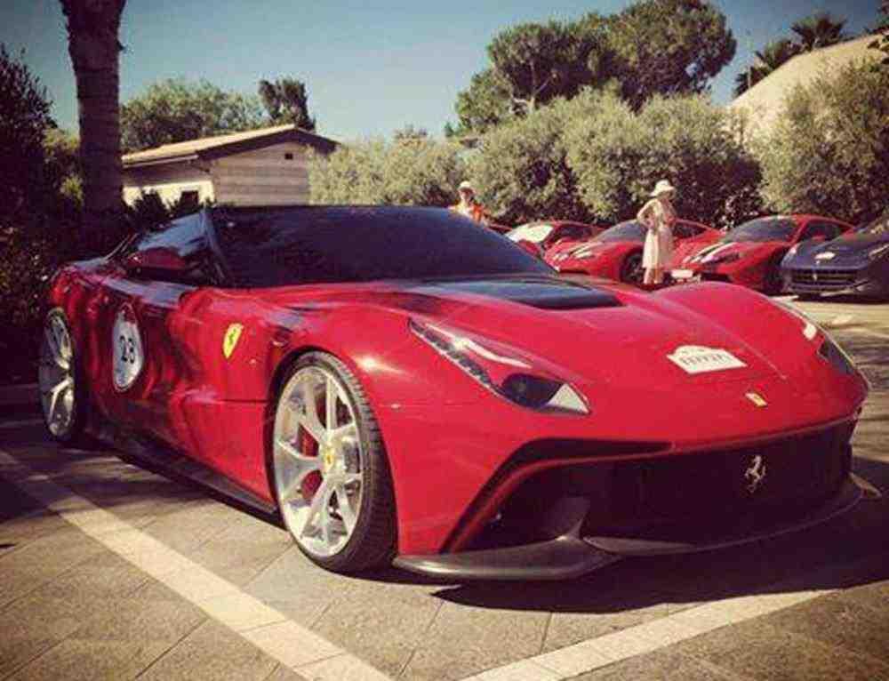 ferrari-f12-trs-image-via-marchettino_100470271_l
