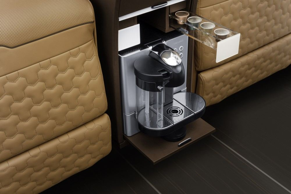 Brabus-Business-Lounge-Sprinter-10