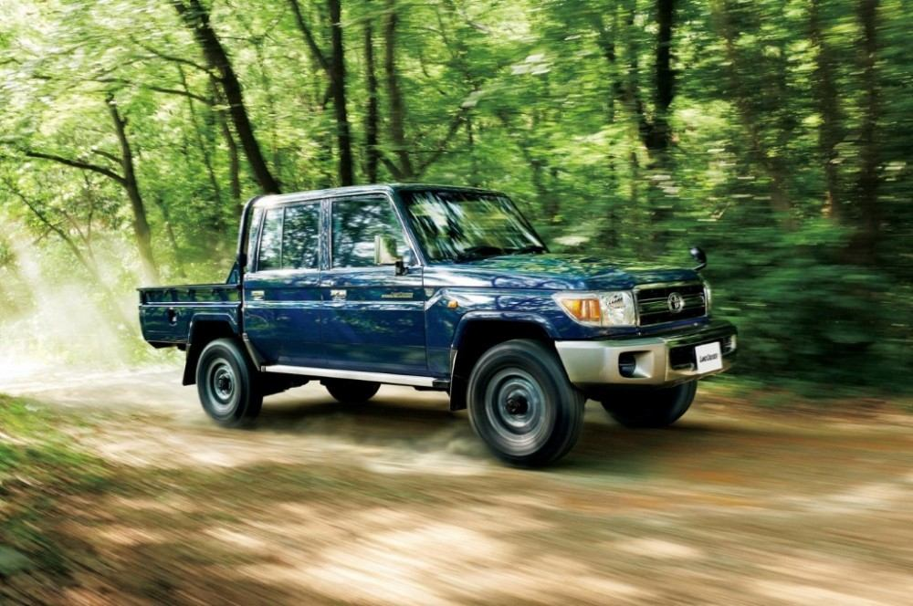 toyota-land-cruiser-70-limited-edition_100477828_l