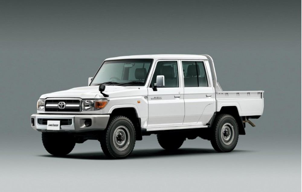 toyota-land-cruiser-70-limited-edition_100477829_l