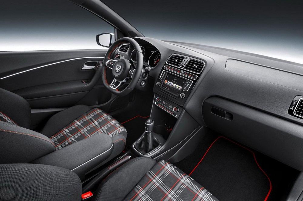2015-VW-Polo-GT-Facelift-09