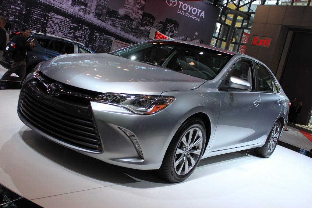 2015-toyota-camry-2014-new-york-auto-show_100464178_l
