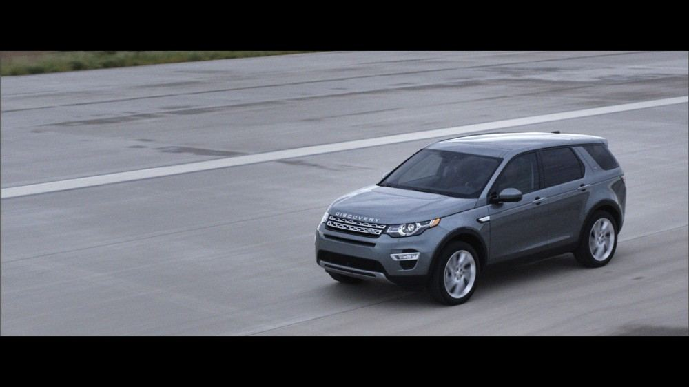 LR_Discovery_Sport_13_(93337)
