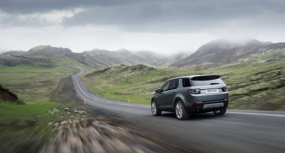 LR_Discovery_Sport_18_(93354)