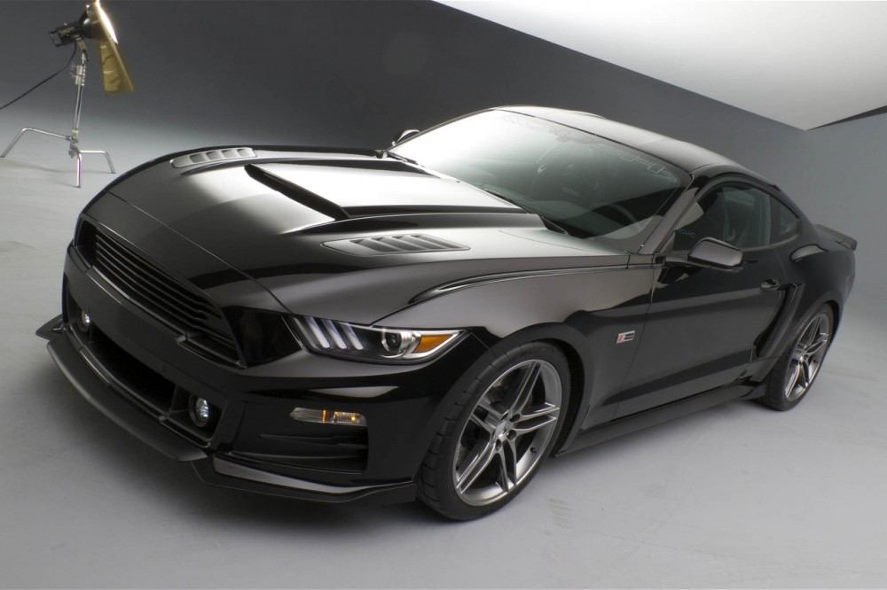 roush-2015-ford-mustang-front-three-quarters-02