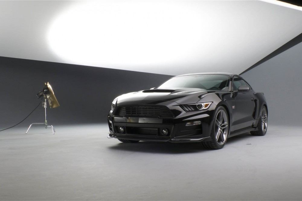 roush-2015-ford-mustang-front-three-quarters-04