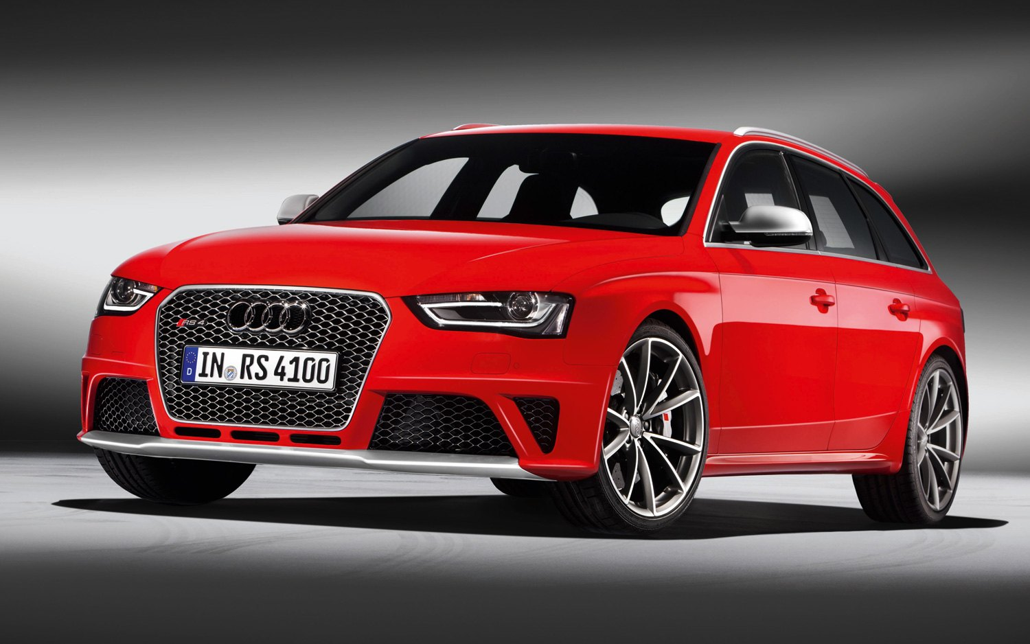 audi-rs4-20152013-audi-rs4-avant-profile-1-photo-1-mdim324n