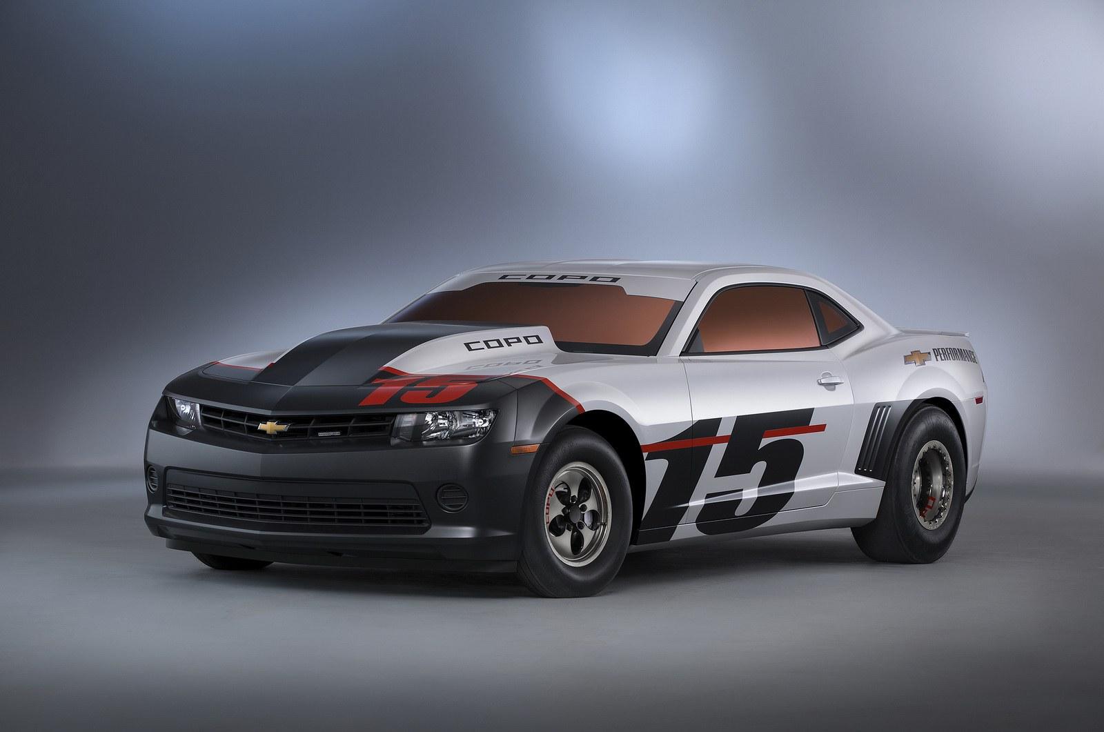 2015-Chevrolet-COPO-Camaro-1