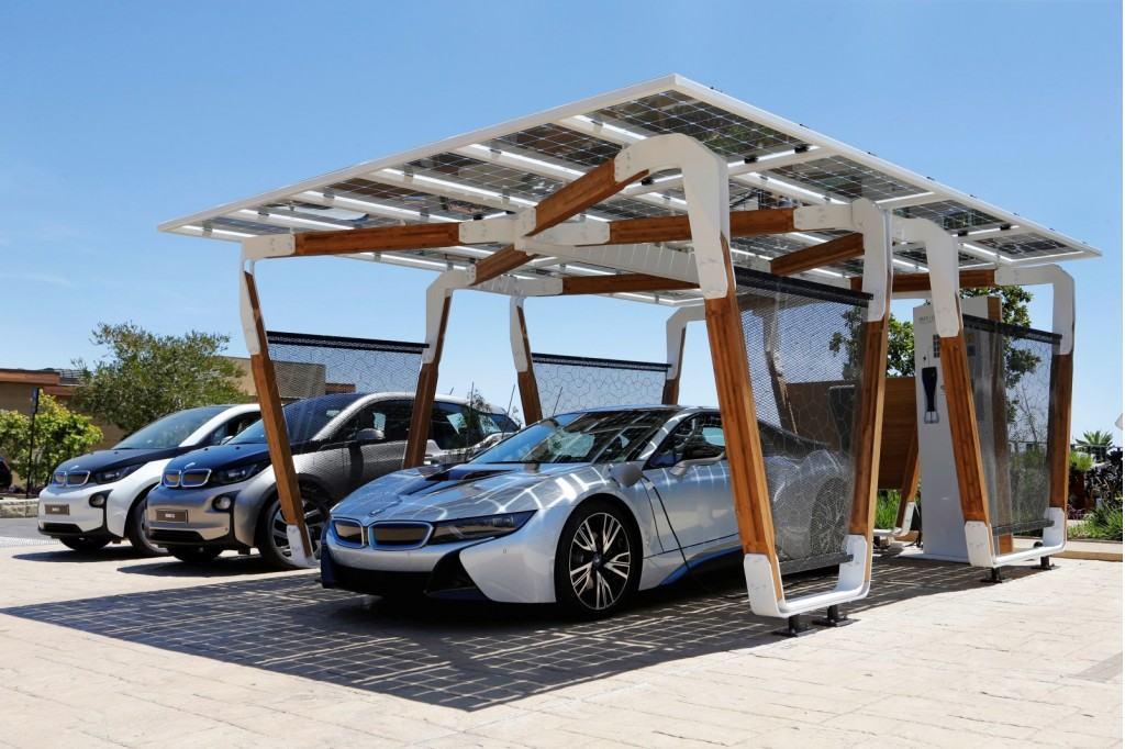BMW-Solar-charging-station