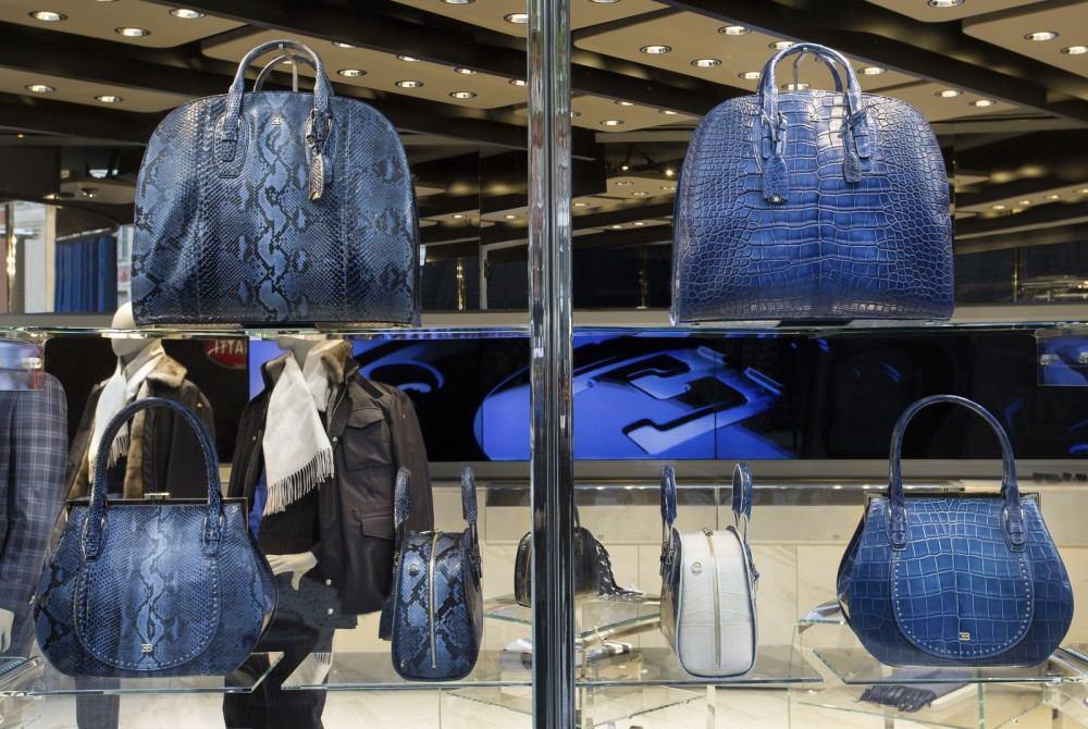 Bugatti-Store-London-3
