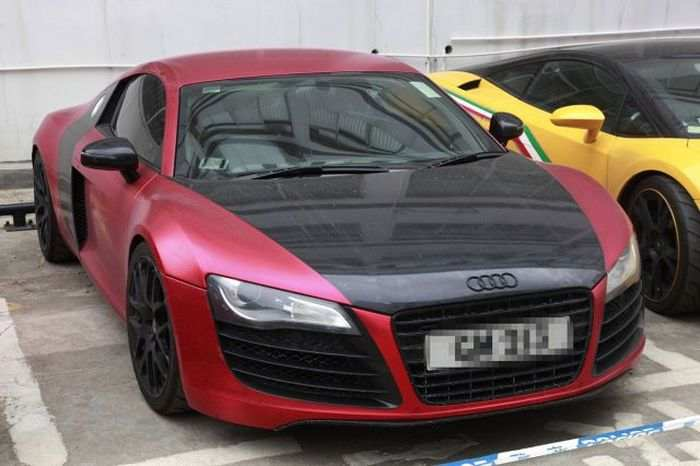hong-kong-police-seizes-luxury-car-collection-after-arresting-street-racers-photo-gallery_12