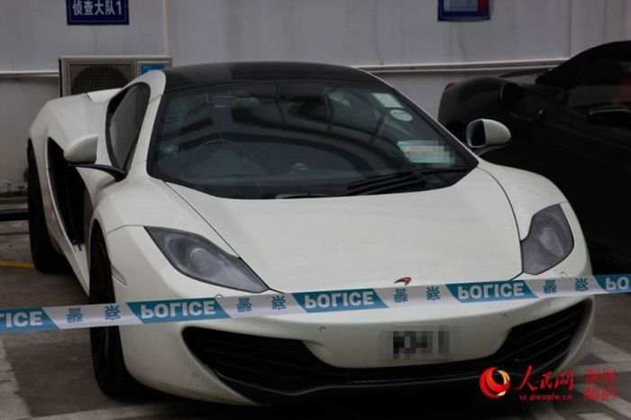 hong-kong-police-seizes-luxury-car-collection-after-arresting-street-racers-photo-gallery_7