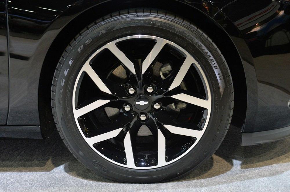 09-chevrolet-impala-blackout-concept-1