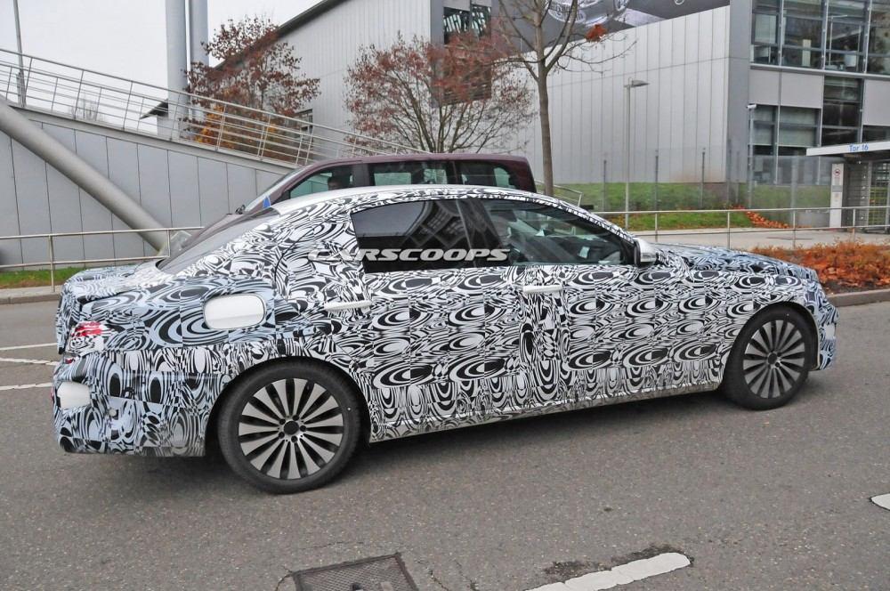 2017-Mercedes-Benz-E-Class-CSP10