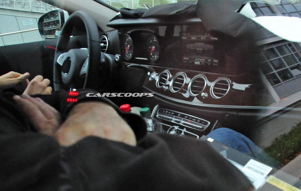 2017-Mercedes-Benz-E-Class-CSP1