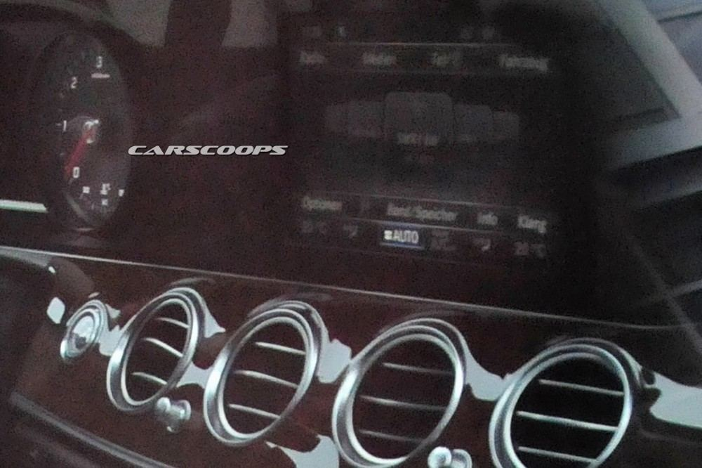 2017-Mercedes-Benz-E-Class-CSP4